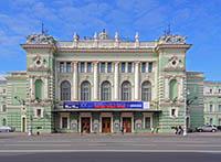 Чем заняться в Петербурге