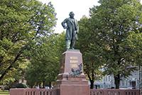 Памятник Глинке в Петербурге